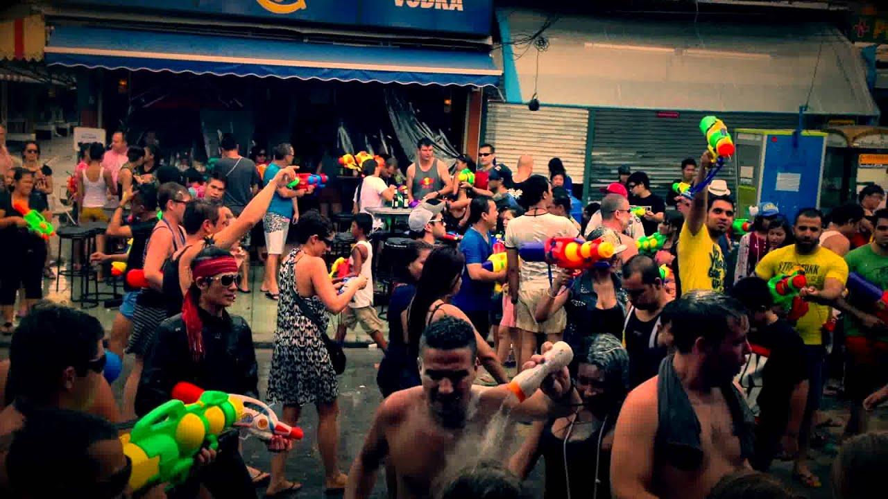 Phuket Soi Bangla Walking Street : Break Dance on the