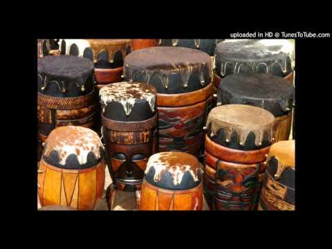 Play the Drum (Listen listen everyone, listen to me play my drum)