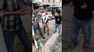 Most funny clip of comedy video.Must watch it