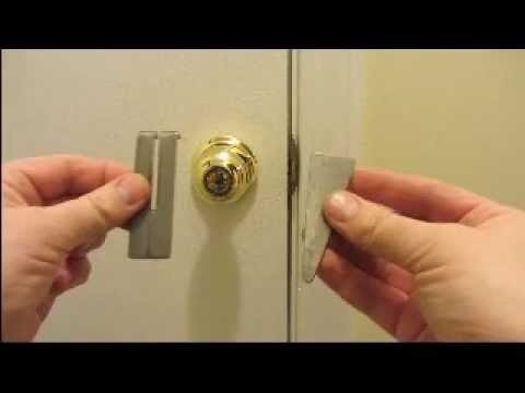 & Homemade Portable Door Lock -EZ SIMPLE - YouTube pezcame.com