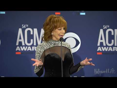 Reba McEntire Reacts To Old Town Road By Lil Nas X At ACMs 2019