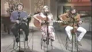 "Emmylou Harris ""Guess Things Happen That Way"" live"