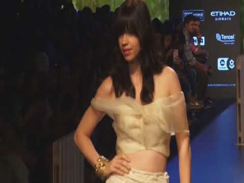 Ace Indian designer recreates celestial universe at Mumbai fashion week