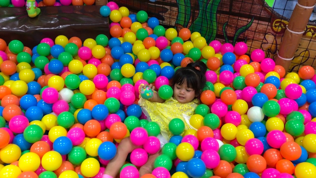 fun places for kids indoor playground near me ball pool for kids video for kids youtube. Black Bedroom Furniture Sets. Home Design Ideas