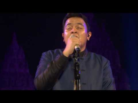 [HD] Tulus - Ruang Sendiri - Live at Prambanan Jazz Jogja - 21 Agt 2016 [FANCAM]