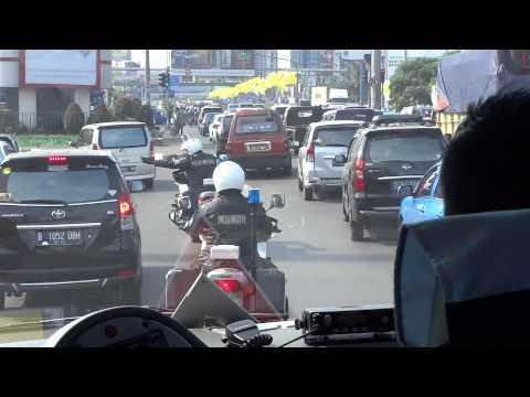 Samsam Bubbleman - police escort in Jakarta
