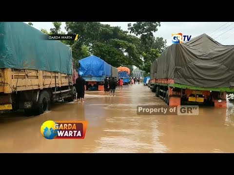 madiun---hujan-deras-akibatkan-banjir-menerjang-kabupaten-madiun