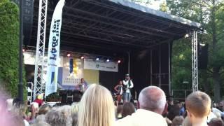 Sean Banan: Sommar i Sverige -- Gott Nytt Jul [LIVE @ KATRINEHOLM ALLSÅNG]