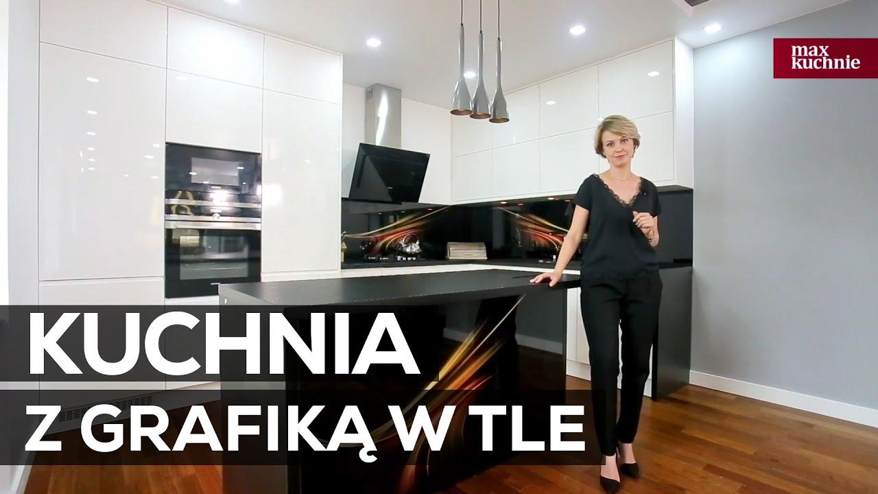 Biało  czarna kuchnia z grafiką w tle  Studio Max Kuchnie King  Chełm  Yo   -> Kuchnia Nowoczesna Czarna Z Drewnem