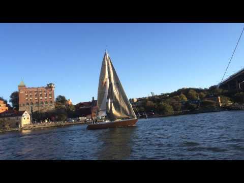 Thursday evening sail IOR 1-ton racer, design by Ron Holland