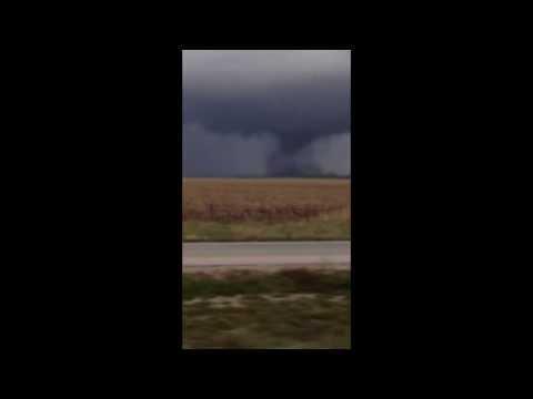 Huge tornado from Vincennes, Indiana