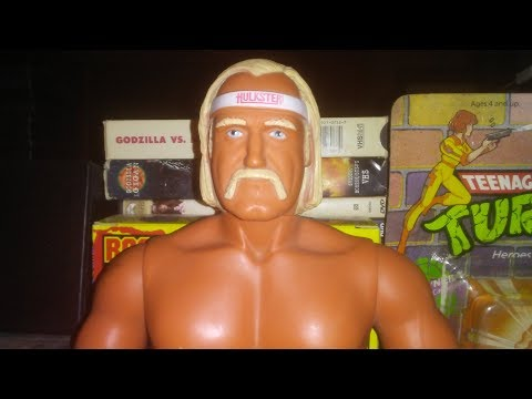 "The Future Presents 1985 LJN WWF Wrestling Superstars Hulk Hogan 16"" Action Figure Retro Review"
