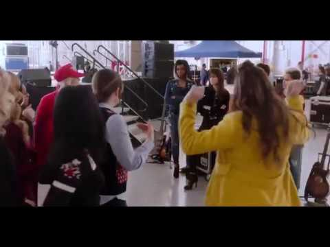 Best Of Hailee Steinfeld Singing Compilation (Pitch Perfect 2 and 3)