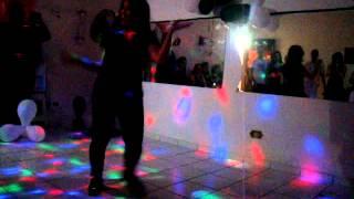 Apresentação da Profª Gaby Ventura na festa black & white da Styllus Dance