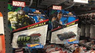 Off The Pegs: Marvel Thor Ragnarok Character Cars Gladiator Hulk Valkyrie Loki in-store video