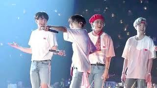 방탄소년단 BTS Love Yourself concert in Hong Kong  ANPANMAN focus of V 태형 김태형