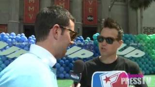 Mark Hoppus Talks About Blink 182 and Twitter