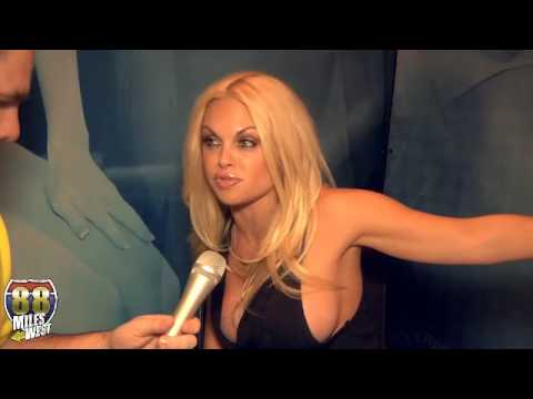 Interview with Jesse Jane from 2014 AEE/AVN Awards