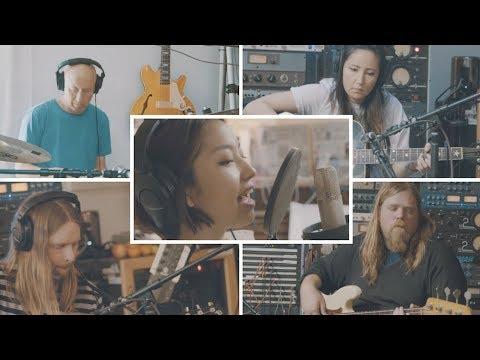 Rihwa「Sun Comes Up」ミュージックビデオ