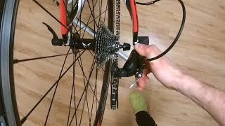 Sundání zadního kola u triatlonového speciálu