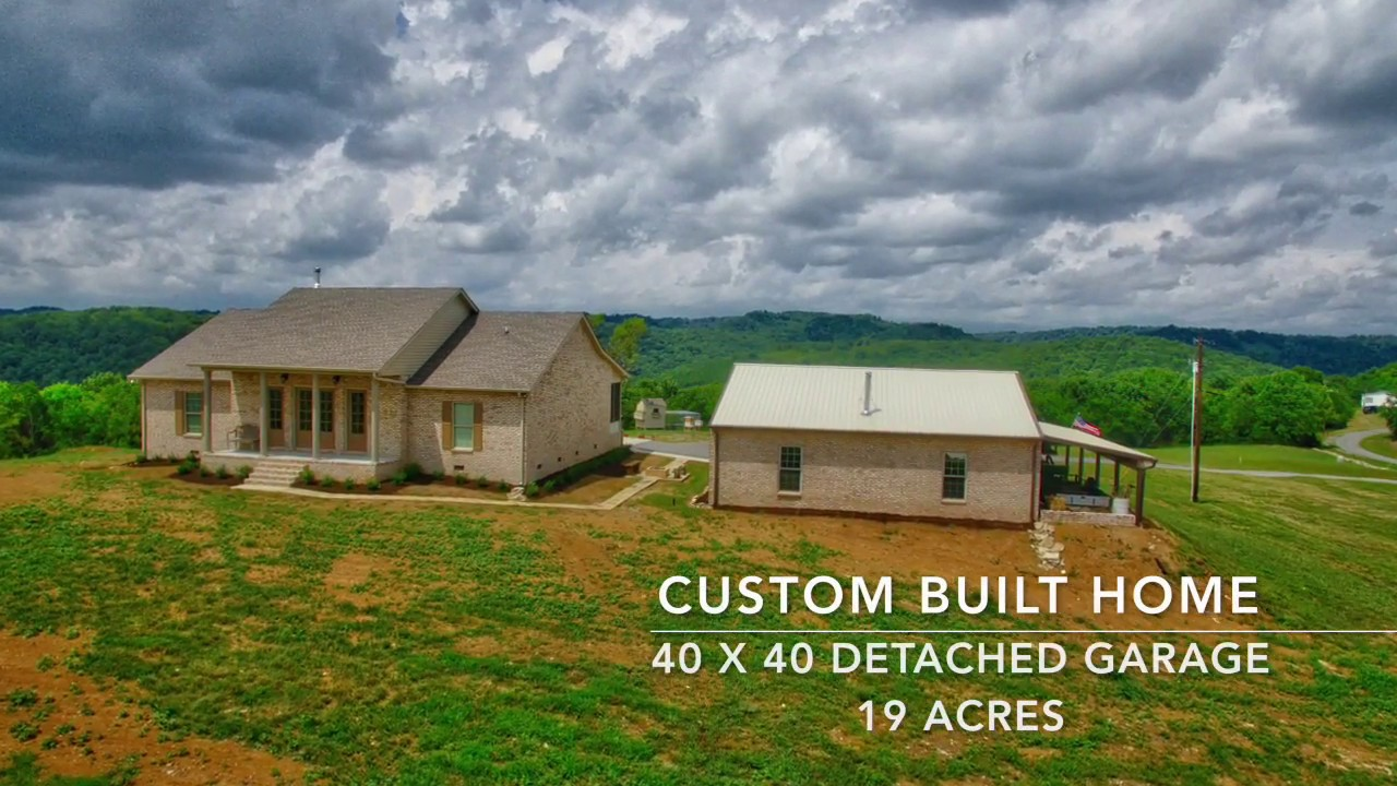 Custom built home w 40x40 garage 19 acres for sale by for 40x40 garage