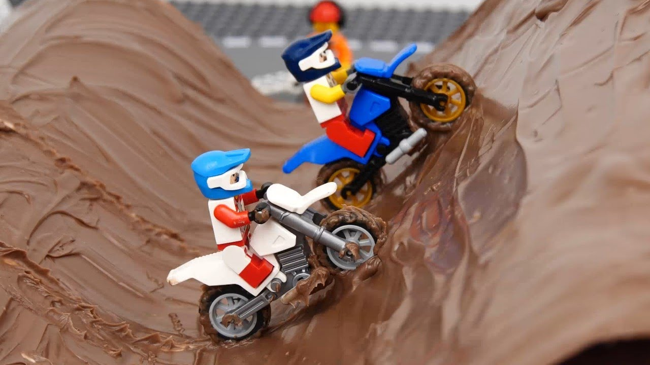 Motorcycle Racing In The Mud And Dirt Bike Wash Car Racing In Mud