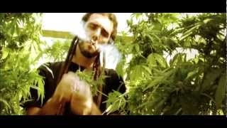 FYAHBWOY - FUMA WEED - VIDEO OFICIAL HD Innadiflames, 2009