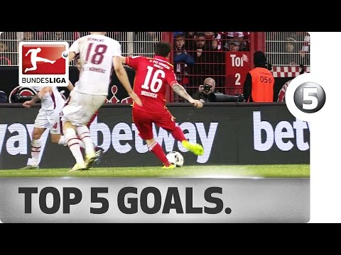 Kroos Replacement Fires His Side to First! - Top 5 Goals on Matchday 25