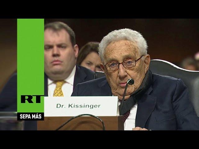 """""""Arresten a Kissinger por crímenes de guerra"""""""