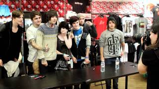 Bring Me The Horizon Instore Signing Pulp Nottingham(Bring Me The Horizon Instore Signing at Pulp Nottingham Shop online at http://www.thisispulp.co.uk For all upcoming signings and events follow us ..., 2011-10-11T14:58:53.000Z)