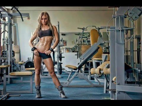 Девки в спортзале смотреть