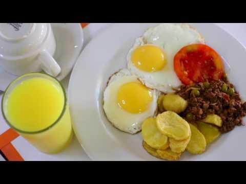 Carl's TRAVEL Vlog #206 Breakfast at Crossroads Hotel Lilongwe