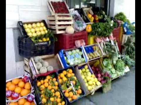 Preparazione banco frutta doovi for Ad arredamenti afragola