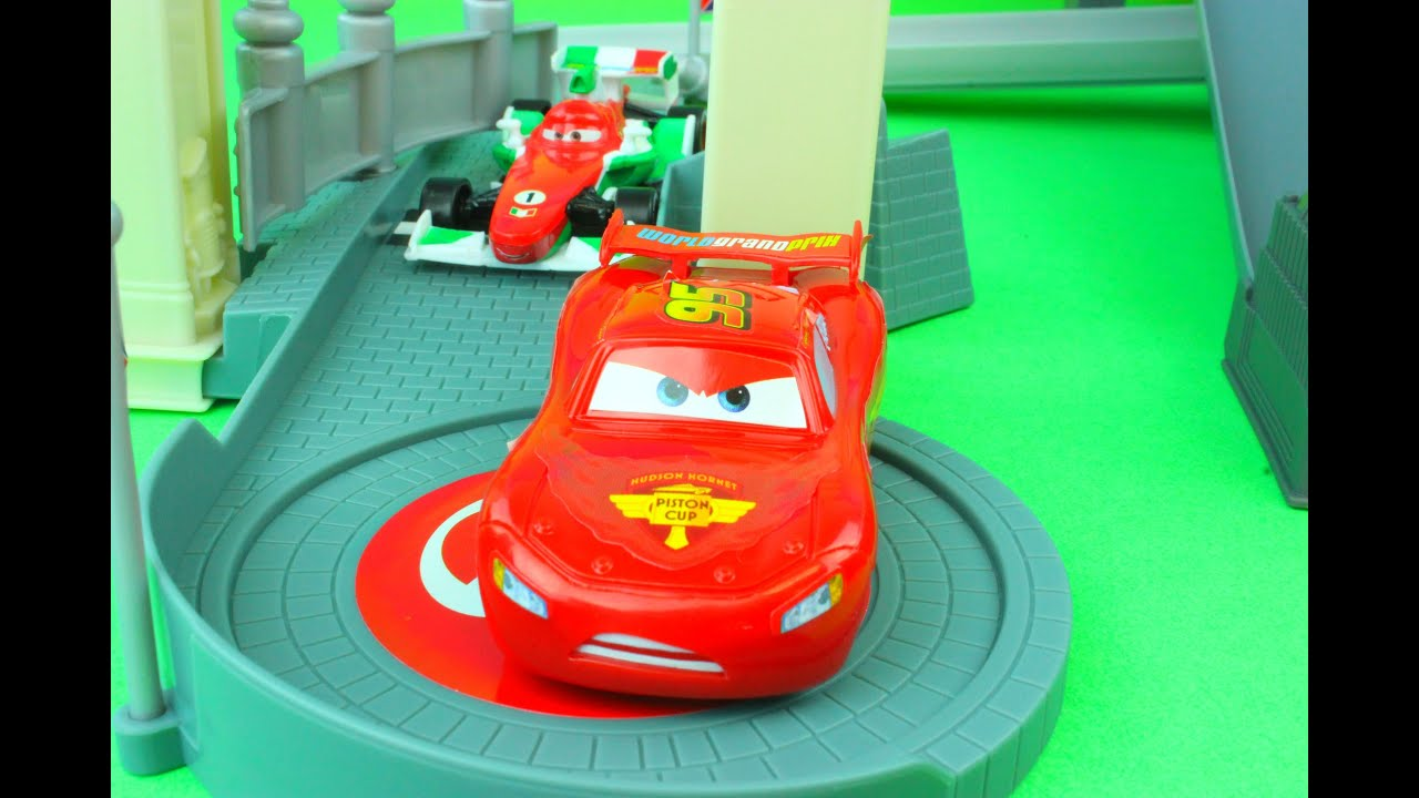 Disney Pixar Cars Rivals Race Off Track Set Including
