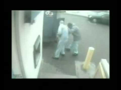 Armed U.K. gang stealing £70,000