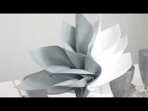 Pliage de serviette en forme de palmier youtube - Pliage de serviette en forme de fleur ...