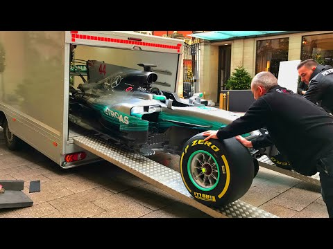 This is how you deliver Lewis Hamilton's F1 car into central London for Autosport Awards 2017