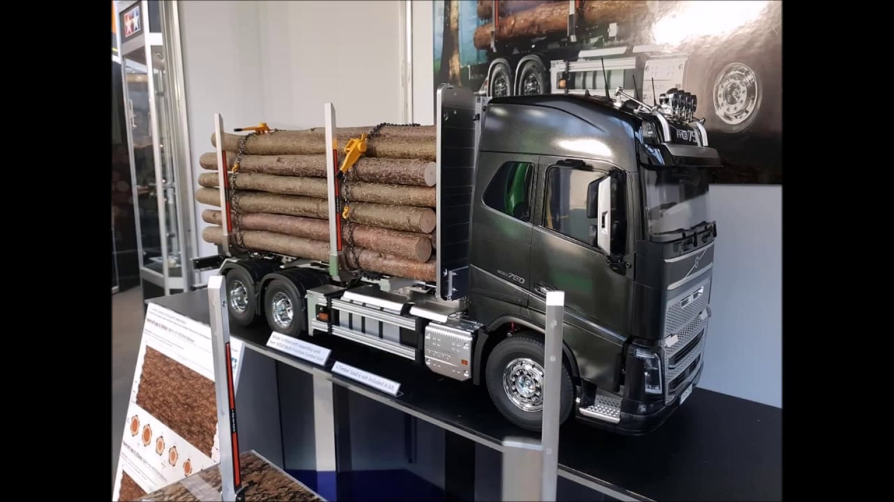 tamiya volvo fh16 timber truck at the nuremberg toy fair