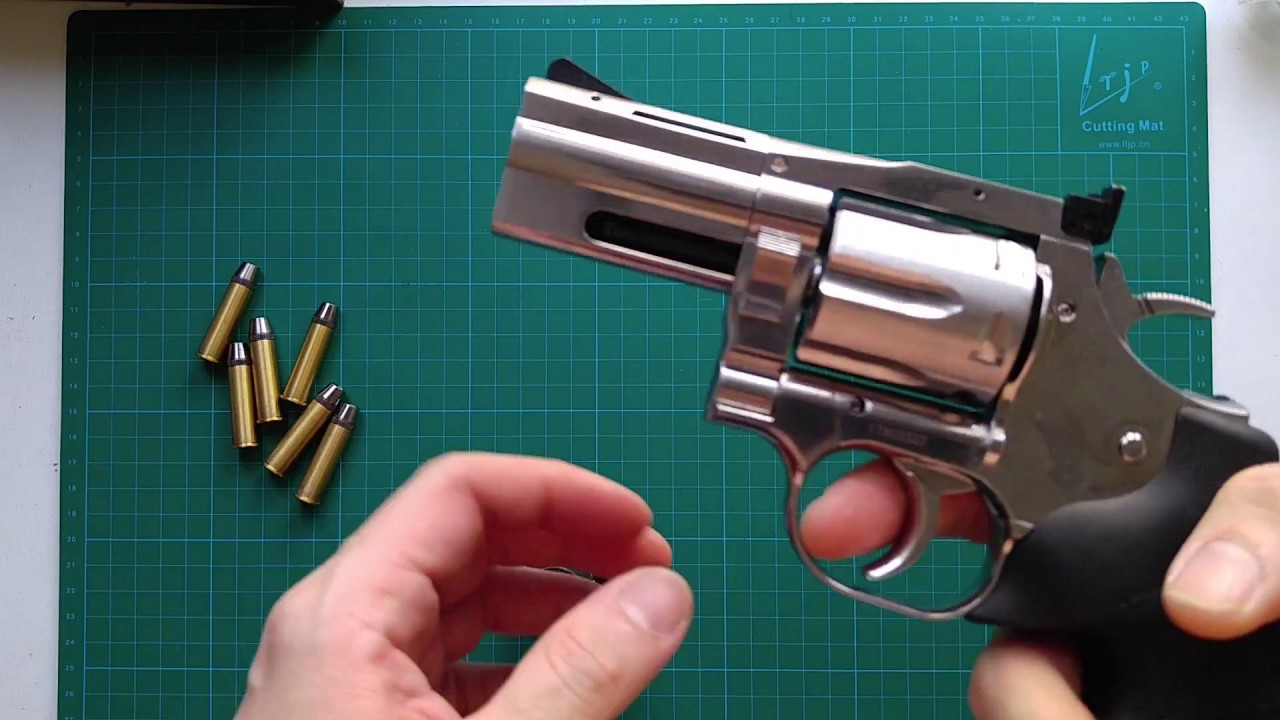 Dan wesson 715 co2 powered airsoft revolver