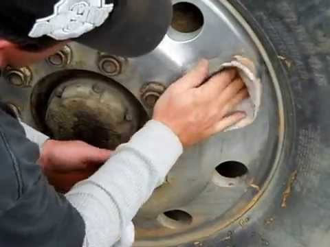 DIY: Aluminum wheel clean and shine By