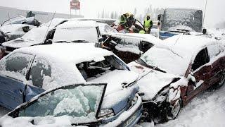 В Баку 26 аварий, жуткие морозы. Сильнейший снегопад в Азербайджане