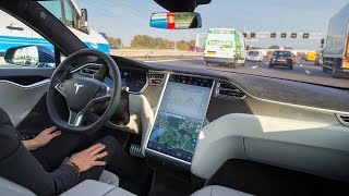 Self Driving Car Crash Kills Man, Tesla Investigated