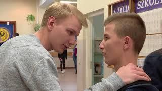 Zastraszany chłopak musiał zerwać ze swoją dziewczyną [Szkoła odc. 450]