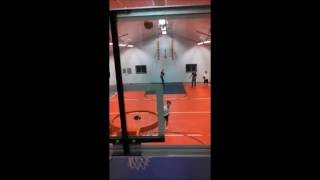 Basketball Trick shots - Berlin style