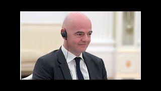 Смотреть видео Президент ФИФА назвал самый красивый город России онлайн
