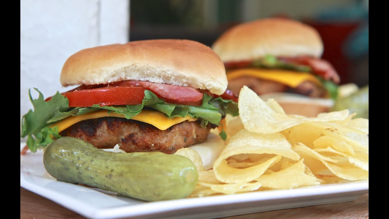 Easy Grilled Turkey Burgers