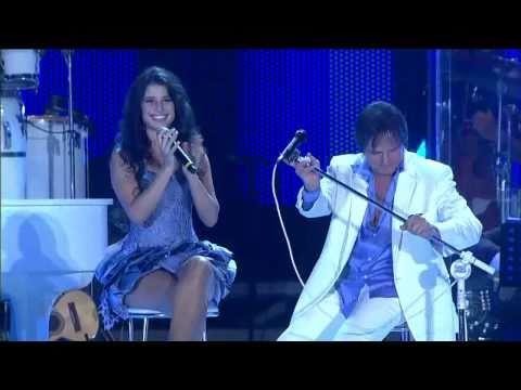 ROBERTO CARLOS & PAULA FERNANDES - THE BEST SONGS - LIVE IN BRAZIL - 2010