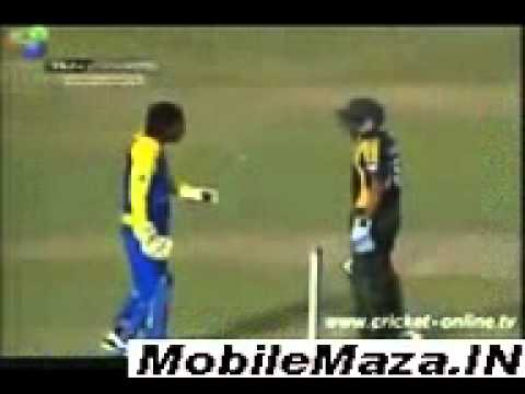 Pakistan Cricket Player Fight -[www.MobileMaza.IN].3gp
