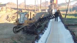 Завалило мостик(После схода налипшей породы бункера эта глыба зацепила переходной мостик , повезло , что не повредило ленту., 2014-07-19T20:58:05.000Z)