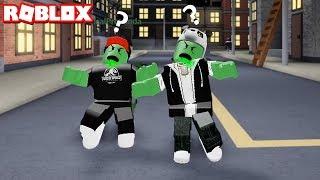 Zombi Kim? Zombili Adamlar Olduk! - Panda ile Roblox Zombie Tag